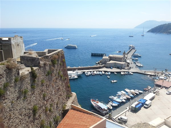 Ostrov Lipari - přístav